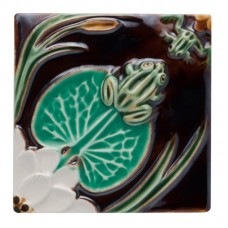TILE FROGS WITH WATER LILLY